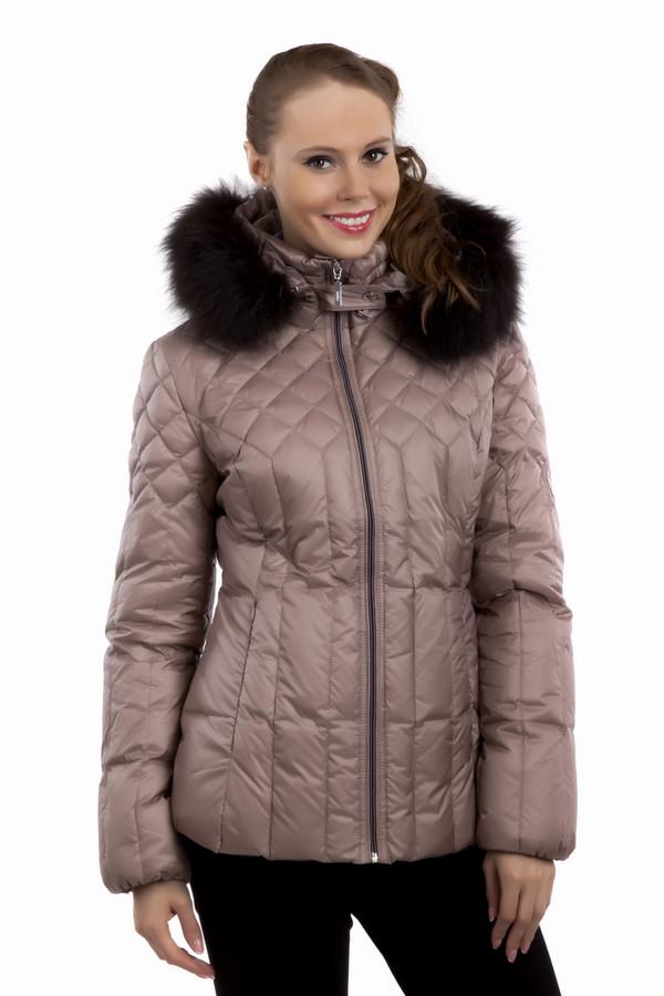 Куртка PezzoКуртки<br>Теплая пуховая куртка Pezzo приталенного кроя. Нежного цвета дымчатая роза. Замечательный отстегивающийся капюшон с меховой опушкой незаменим в холодную зимнюю погоду. Центральная часть изделия застегивается на молнию. Модель дополнена двумя боковыми карманами на скрытой молнии и манжетами с резинкой.  Комфортное и стильное изделие, отличный вариант на каждый день.  Натуральный мех 100% енот.  В качестве подкладки использован материал 100% полиэстер.  Утеплитель 90% утиный пух, 10% утиное перо.<br><br>Размер RU: 48<br>Пол: Женский<br>Возраст: Взрослый<br>Материал: полиэстер 100%<br>Цвет: Розовый