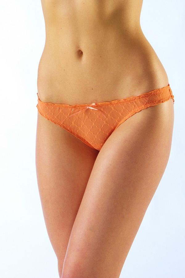 Трусы LowryТрусы<br>Трусы Lowry оранжевые. Яркое и сочное, как апельсины, белье – отличный выбор настоящей модницы. Легкая ткань, игривый бантик спереди, удобные, не впивающиеся в кожу резиночки, удобный крой – все «плюсы» этого изделия тяжело перечислить. Изделие имеет просто идеальную посадку на бедрах. Состав: 100%-ный полиэстер.<br><br>Размер RU: 42-44<br>Пол: Женский<br>Возраст: Взрослый<br>Материал: полиэстер 100%<br>Цвет: Оранжевый