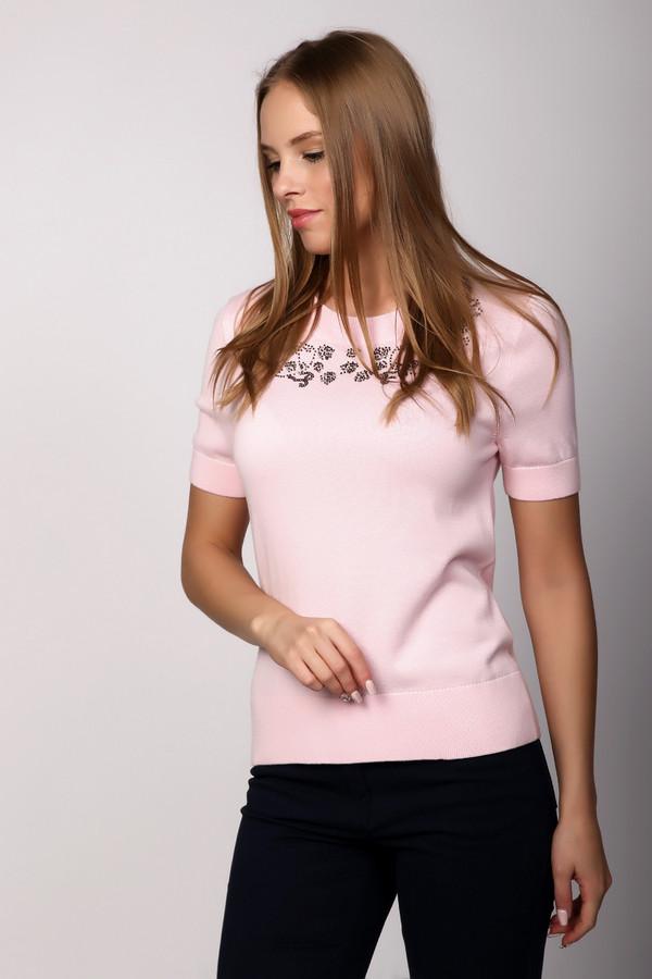 Пуловер PezzoПуловеры<br>Пуловер Pezzo розовый. Модель покоряет с первого взгляда! Ее особенность – необычная и такая красивая кокетка, вышитая бисером и пайетками. Округлый вырез горловины делает эту модель еще женственнее и нежнее. Короткий рукав, состав ткани из хлопка из вискозы не дадут вам запариться в теплую погоду.<br><br>Размер RU: 54<br>Пол: Женский<br>Возраст: Взрослый<br>Материал: хлопок 60%, вискоза 40%<br>Цвет: Розовый