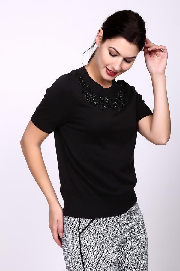 Пуловер PezzoПуловеры<br>Пуловер Pezzo черный. Вышитая продолговатым бисером и пайетками кокетка этого пуловера служит его восхитительным украшением. Модель лаконичного кроя благодаря такому декору не останется незамеченной. Состав ткани: хлопок и вискоза. Демисезонное изделие будет выглядеть одинаково уместно как с романтичными юбками, так и с обычными джинсами.<br><br>Размер RU: 48<br>Пол: Женский<br>Возраст: Взрослый<br>Материал: хлопок 60%, вискоза 40%<br>Цвет: Чёрный