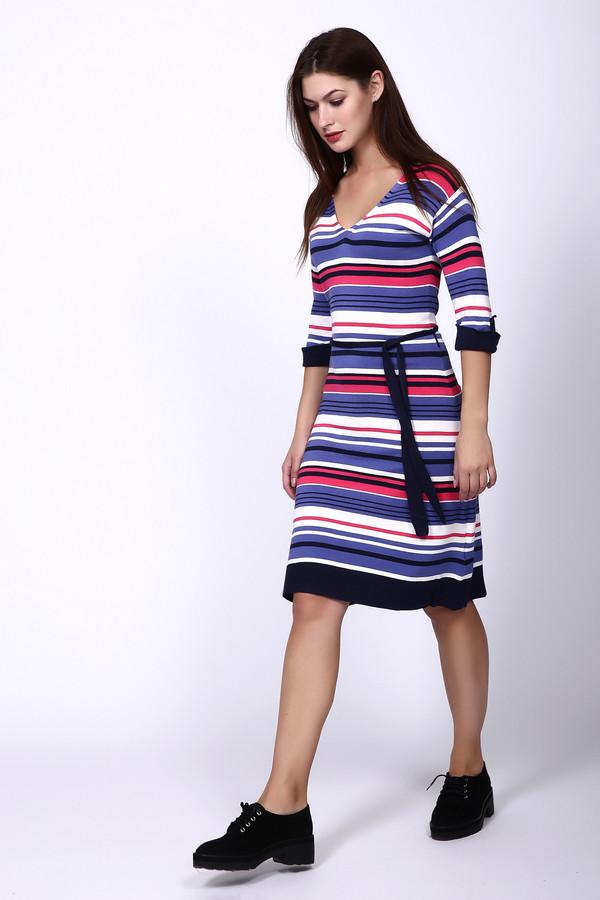 Платье PezzoПлатья<br>Платье Pezzo разноцветное. Полоска – это всегда модно и при этом необычно. Интересное и популярное сочетание, но в некоторых цветах этот узор смотрится свежо и нетривиально, как в этом случае. Платье с V-образным вырезом горловины и однотонной отделкой внизу, на рукавах и на поясе – это отличное решение на каждый день. Позвольте себе быть яркой и запоминающейся! Состав: эластан, вискоза, полиамид.