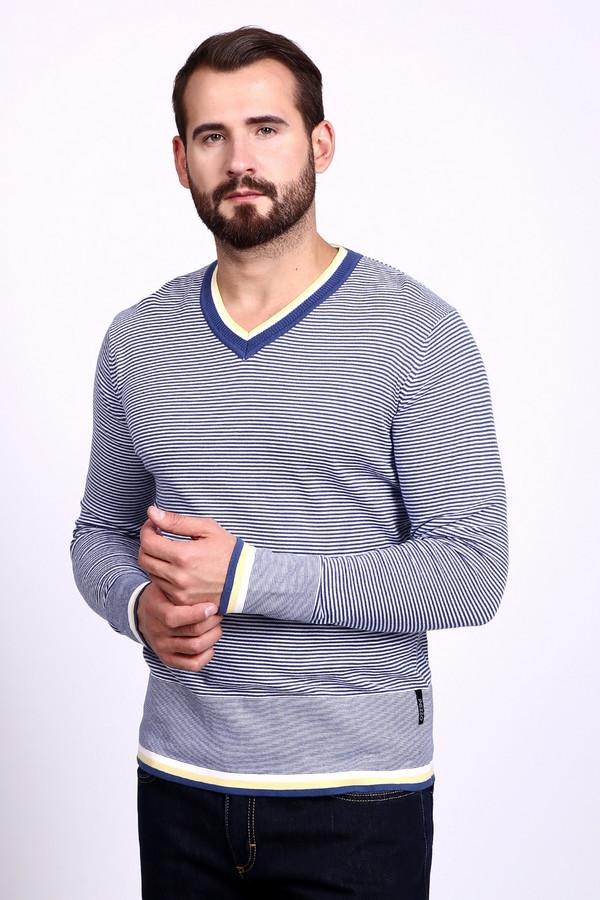 Джемпер PezzoДжемперы и Пуловеры<br>Джемпер Pezzo мужской. В этой модели прекрасно все: крой, сочетание цветов и рисунков. В таком изделии вы будете просто восхитительны. Что может быть важнее для мужчины, чем уверенность в собственной неотразимости? V-образный вырез горловины – отличное решение в области мужской моды, он дает возможность комбинировать модель с другой одеждой, например, футболкой или рубашкой. Состав: хлопок и акрил.