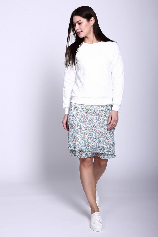Юбка PezzoЮбки<br>Юбка Pezzo женская. Белый фон, который дополнен бежевым, коричневым, голубым цветочным рисунком, - хорошее решение для знойного лета. Состав: 100%-ный полиэстер. Такая юбка – то, что надо для модного женственного гардероба в теплое или жаркое время года. Особенно хорошо с такой юбочкой выглядят светлые однотонные вещи и обувь.