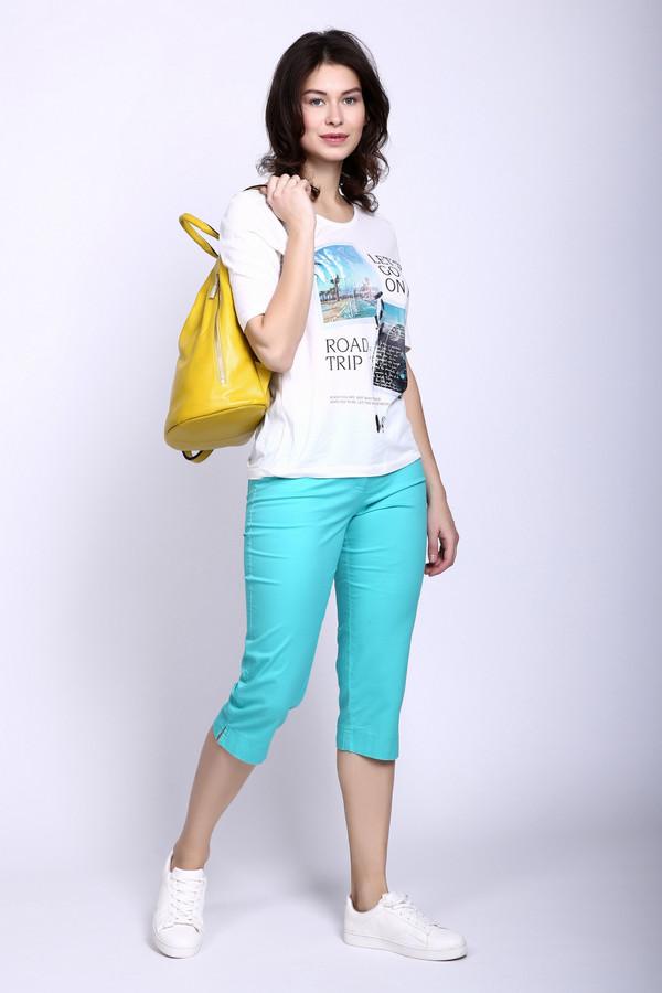 Бриджи PezzoБриджи<br>Бриджи Pezzo голубые. Модель, которая порадует женщину любого возраста, что неудивительно: такое изделие очень освежает благодаря своему молодежному фасону и замечательному цвету. Прорезные карманы спереди и накладные сзади – эти детали напоминают классические джинсы. Состав: эластан и хлопок.