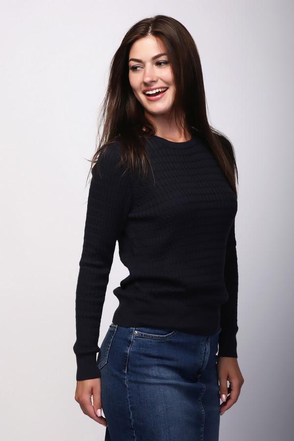 Пуловер PezzoПуловеры<br>Пуловер Pezzo темно-синий. Стильная модель для элегантных женщин, которые любят одеваться со вкусом и быть всегда на высоте. Демисезонное изделие для истинных леди. Рисунок пуловера в мелкую и плотную косичку делает такое изделие очень красивым и крайне притягательным. Состав пряжи: хлопок и акрил. Отменный комби-партнер для самых разных ансамблей. Простой и удобный крой данного изделия компенсирует фантазийный и очень симпатичный рисунок.<br><br>Размер RU: 52<br>Пол: Женский<br>Возраст: Взрослый<br>Материал: хлопок 60%, акрил 40%<br>Цвет: Синий