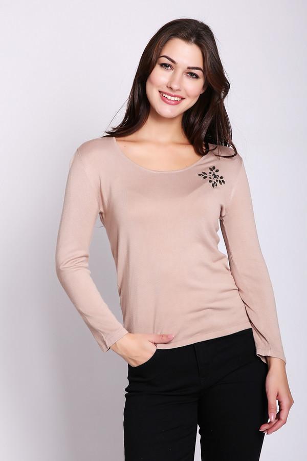 Пуловер PezzoПуловеры<br>Очень нежный женский пуловер Pezzo теплого бежевого цвета. В этом пуловере женственно все - силуэт, покрой, качество ткани, цвет и милый цветок из страз на груди слева. Длинные рукава чуть не достигают запястий, в меру глубокий овальный вырез открывает ямку под шеей. Выполнен из вискозы и полиамида. Осенью и весной будет особенно актуален.