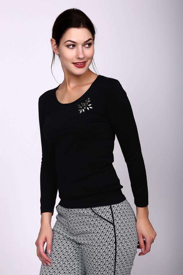 Пуловер PezzoПуловеры<br>Пуловер Pezzo черный. Эта стильная и элегантная модель с интересным декором на груди – именно то, что вам нужно. Вышитый из камушков мотив освежает весь образ, делая его небанальным и очень притягательным. Отменная по своей функциональности вещь. Безупречно сочетается с различными вещами из вашего гардероба: юбками и брюками, жакетами и кофтами. Состав: полиамид и вискоза.<br><br>Размер RU: 50<br>Пол: Женский<br>Возраст: Взрослый<br>Материал: полиамид 19%, вискоза 81%<br>Цвет: Чёрный