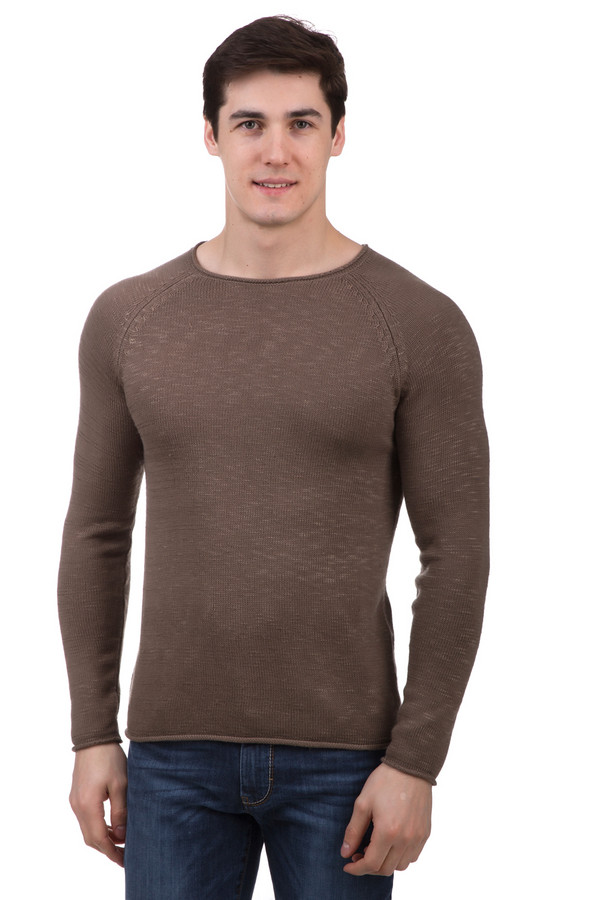 Джемпер LocustДжемперы и Пуловеры<br>Джемпер Locust мужской коричневый. Изделия данного покроя выглядят на мужской фигуре очень естественно и к тому же мужественно. Облегающий силуэт такого джемпера подчеркивает достоинства телосложения. Изделие выполнено из хлопка и акрила, а потому отменно носится. Рекомендуем приобрести такую модель, ведь джемпер будет чудесно сочетаться с самыми разными вещами вашего гардероба.<br><br>Размер RU: 50-52<br>Пол: Мужской<br>Возраст: Взрослый<br>Материал: хлопок 60%, акрил 40%<br>Цвет: Коричневый