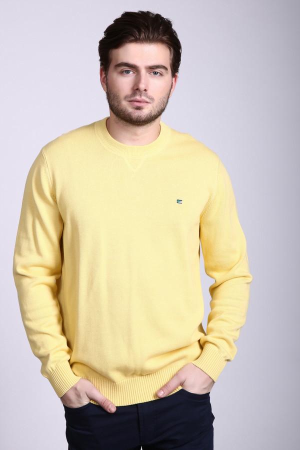 Джемпер PezzoДжемперы и Пуловеры<br>Светлый мужской джемпер Pezzo нежного, лимонно-желтого цвета. Рукава у джемпера длинные, а вот воротника нет. На груди слева есть крохотная нашивка, все края изделия дополнены резинками. Отлично будет смотреться и с джинсами, и с брюками. Модель изготовлена из чистого хлопка. Весна и осень - наиболее подходящее время для носки.