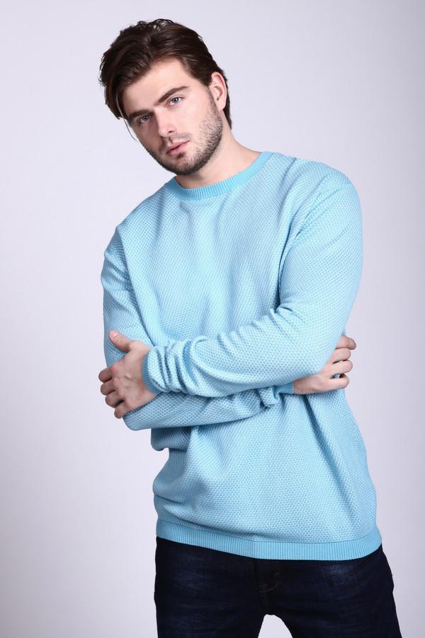 Джемпер PezzoДжемперы и Пуловеры<br>Светлый мужской джемпер Pezzo голубого цвета с многочисленными белыми вкраплениями. Джемпер с длинным рукавом, прямого кроя и без воротника. Дополняют изделие более темные резинки по краям модели: низу изделия, горловине, манжетам. Модель выполнена из полиамида и вискозы. Осенью и весной в таком джемпере будет очень комфортно.<br><br>Размер RU: 58<br>Пол: Мужской<br>Возраст: Взрослый<br>Материал: полиамид 32%, вискоза 68%<br>Цвет: Разноцветный