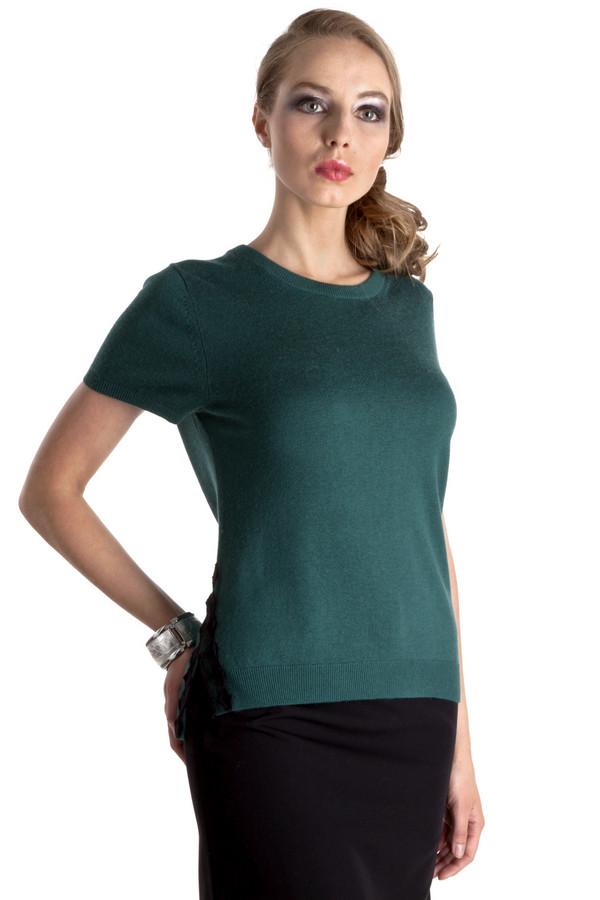 Пуловер PezzoПуловеры<br>Однотонный темно-зеленый пуловер Pezzo приталенного кроя. Изделие дополнено: круглым вырезом и короткими рукавами. Ворот, манжеты и нижний кант оформлены трикотажной резинкой. Пуловер декорирован небольшими разрезами с вышивкой по бокам изделия.<br><br>Размер RU: 48<br>Пол: Женский<br>Возраст: Взрослый<br>Материал: вискоза 75%, шерсть 25%<br>Цвет: Зелёный