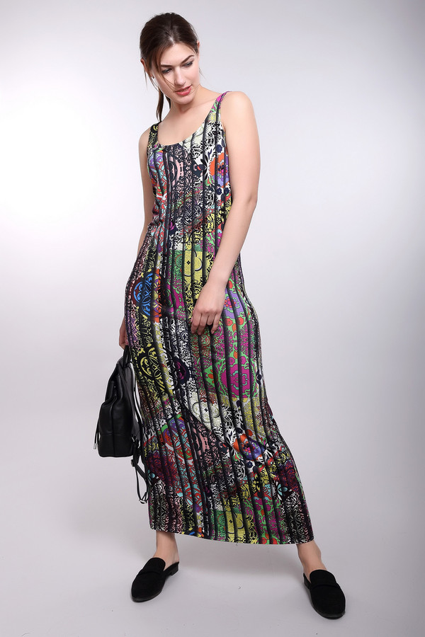 Платье PezzoПлатья<br>Платье Pezzo длинное. Платье макси-длины – это отличнейший выбор для самых женственных и стильных! Пестрый рисунок с лейтмотивом в полоску очень стройнит. Такая расцветка сделает вас еще более очаровательной! Состав: вискоза плюс эластан. Для теплых летних вечеров лучшего наряда не сыскать. Особенно хорошо выглядит платье с обувью на каблуках.<br><br>Размер RU: 44<br>Пол: Женский<br>Возраст: Взрослый<br>Материал: эластан 5%, вискоза 95%<br>Цвет: Разноцветный