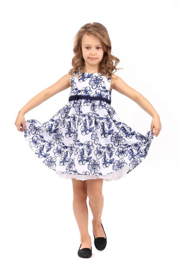 Платье SarabandaПлатья<br>Платье Sarabanda бело-синее. Такая милая и изящная модель для юной модницы, без сомнения, придется ей по душе. Многослойность этого платья – его яркая черта, а широкая расклешенная юбочка смотрится просто восхитительно. Состав: 100%-ный хлопок. Цветочный рисунок будет выглядеть отлично на маленькой стиляге.<br><br>Размер RU: 30;116<br>Пол: Женский<br>Возраст: Детский<br>Материал: хлопок 100%, Состав_подкладка хлопок 100%<br>Цвет: Синий