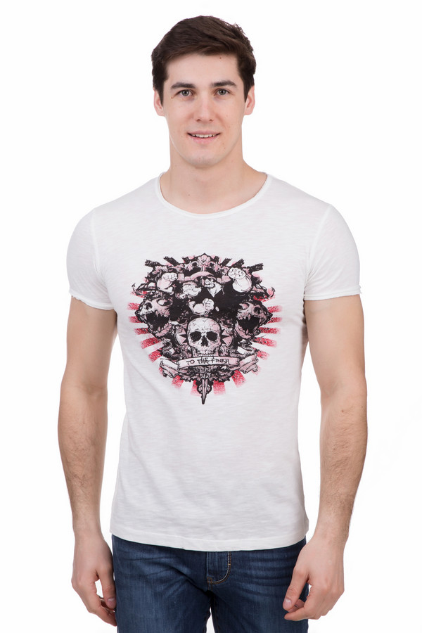 Футболкa LocustФутболки<br>Футболкa Locust белая мужская. Актуальный принт на груди предлагаемого изделия выполнен в русле модных тенденций. Черно-красные цвета рисунка и его тематика – это признак актуальной молодежной моды. Современная футболка для тех, кто хочет выделяться из толпы и желает выразить свою индивидуальность. Состав: 100%-ный хлопок.<br><br>Размер RU: 50-52<br>Пол: Мужской<br>Возраст: Взрослый<br>Материал: хлопок 100%<br>Цвет: Чёрный