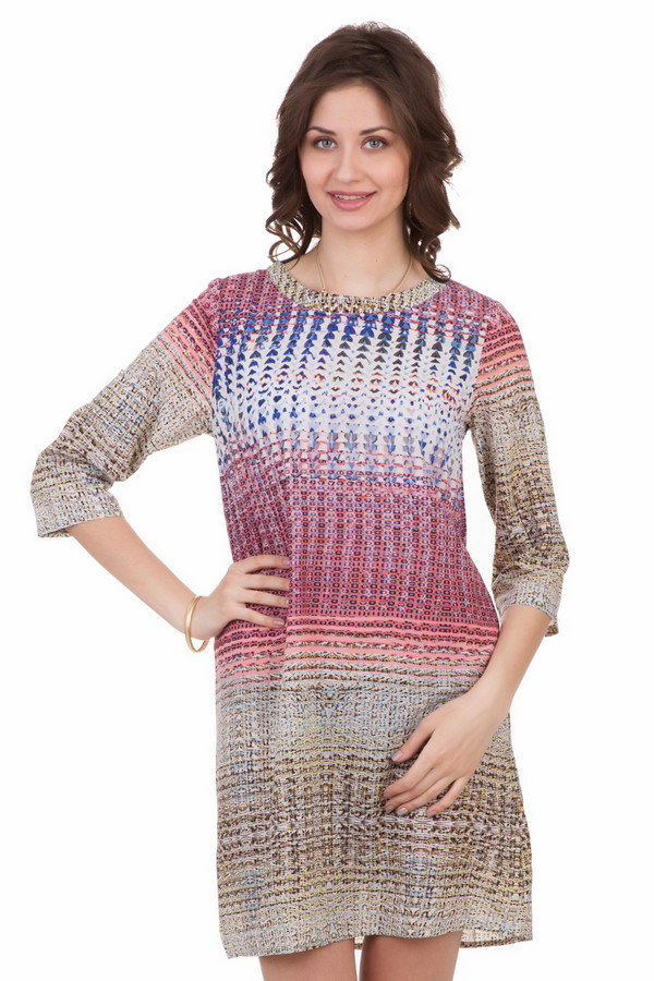 Платье LocustПлатья<br>Платье Locust разноцветное. Модель для красивых и стильных. Каждой девушке и женщине хочется выглядеть лучше всех остальных. В этом симпатичном платье эта задача будет совсем не сложной. Обилие цветов и лаконичный крой отлично дополняют друг друга – в таком наряде вы произведете фурор, где бы вы ни находились. Состав: 100%-ный полиэстер.<br><br>Размер RU: 48-50<br>Пол: Женский<br>Возраст: Взрослый<br>Материал: полиэстер 100%<br>Цвет: Разноцветный