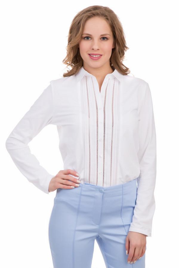 Блузa ErfoБлузы<br>Блузa Erfo белая. Лиф изделия украшен великолепной мережкой. Выглядит это очень необычно, нежно и женственно. Такая блуза идеально как для офиса, так и для романтического свидания. Отложной воротничок и застежка на пуговицы – типичные элементы классической рубашки, но в таком исполнении эта модель звучит совершенно по-новому. Состав: хлопок и эластан.<br><br>Размер RU: 48<br>Пол: Женский<br>Возраст: Взрослый<br>Материал: эластан 7%, хлопок 93%<br>Цвет: Белый