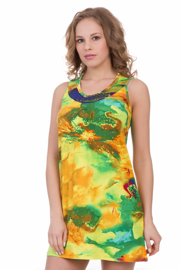 Платье PezzoПлатья<br>Платье Pezzo разноцветное. Желтый, зеленый, коричневый и синий переплелись и слились в этой волшебной модели. В платье длины мини вы будете просто восхитительны! Модель имеет оригинальный округлый вырез горловины, простроченный вкруговую. Ткань на лифе немного присборена. Состав: вискоза и эластан.<br><br>Размер RU: 48<br>Пол: Женский<br>Возраст: Взрослый<br>Материал: эластан 5%, вискоза 95%<br>Цвет: Разноцветный