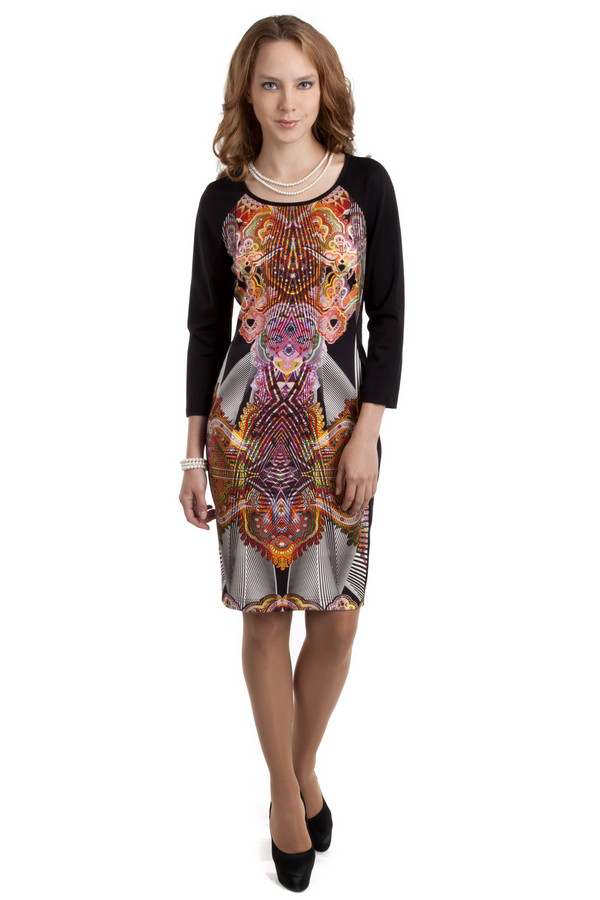 Платье ApanageПлатья<br>Стильное цветное платье Apanage прилегающего кроя. Изделие дополнено: круглым вырезом и рукавами реглан. На спинке расположена скрытая застежка-молния.<br><br>Размер RU: 42<br>Пол: Женский<br>Возраст: Взрослый<br>Материал: эластан 6%, полиэстер 94%<br>Цвет: Разноцветный