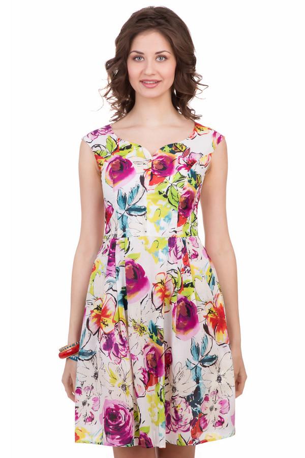 Платье FemmeПлатья<br>Платье Femme разноцветное. Лето у всех нас ассоциируется с буйством красок и цветением природы. Это платье будет весьма кстати в вашем гардеробе: оно выполнено из ткани в белых, красных, розовых, зеленых, синих, фиолетовых тонах. Необычный вырез горловины и фантазийный крой сделают вас просто королевой вечеринки, если вы направитесь туда в таком наряде. Состав: 100%-ный хлопок, и это то, что нужно для лета.<br><br>Размер RU: 50<br>Пол: Женский<br>Возраст: Взрослый<br>Материал: хлопок 100%<br>Цвет: Разноцветный