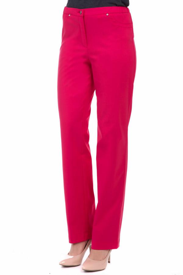 Брюки FemmeБрюки<br>Брюки Femme женские красные. Элегантные брючки прямого кроя – именно то, что нужно для лета. В них вам будет комфортно в разных ситуациях. Состав: эластан, хлопок, тенсель. Достаточно простой покрой этих брюк компенсирует их прекрасный цвет. Если вы хотите выделяться из толпы и привлекать к себе восторженные взгляды, то эти брючки созданы именно для вас.<br><br>Размер RU: 48<br>Пол: Женский<br>Возраст: Взрослый<br>Материал: эластан 3%, хлопок 41%, тенсель 56%<br>Цвет: Красный
