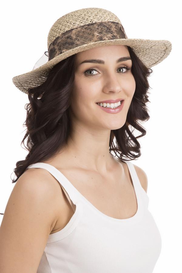 Шляпа WegenerШляпы<br>Шляпа Wegener бежевая. Стильный аксессуар из 100%-ной соломы – великолепный выбор для солнечной погоды. В такой шляпке вам будет комфортно даже под палящим солнцем! Данный аксессуар всегда оставался признаком элегантности и благородства. Декоративная полупрозрачная ленточка хищной тигровой расцветки, завязанная сзади красивым бантом, - «изюминка» этой восхитительной шляпки.<br><br>Размер RU: один размер<br>Пол: Женский<br>Возраст: Взрослый<br>Материал: солома 100%<br>Цвет: Бежевый