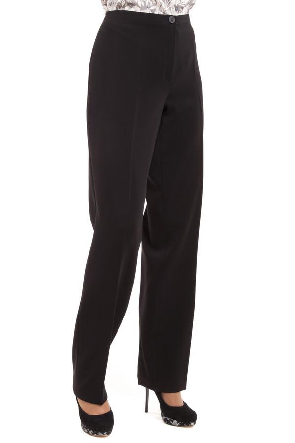 Брюки BaslerБрюки<br>Классические женские брюки Basler представлены в черном цвете. Изделие дополнено классическими стрелками. Брюки застегиваются на молнию и фиксируется на пуговицу.<br><br>Размер RU: 46<br>Пол: Женский<br>Возраст: Взрослый<br>Материал: полиэстер 97%, полиуретан 3%<br>Цвет: Чёрный