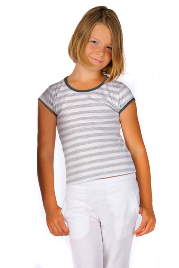 Футболка LowryФутболки<br>Футболка Lowry бело-серая для девочки. Милая футболка в полоску придется по душе как самой девочке, так и окружающим. Модель удобна и практична, так как выполнена из хлопка с добавлением лайкры. Рукава изделия и вырез горловины отделаны темной тканью. Такую футболку можно сочетать с самыми разными вещами гардероба маленькой модницы.<br><br>Размер RU: 36<br>Пол: Женский<br>Возраст: Детский<br>Материал: хлопок 95%, лайкра 5%<br>Цвет: Белый