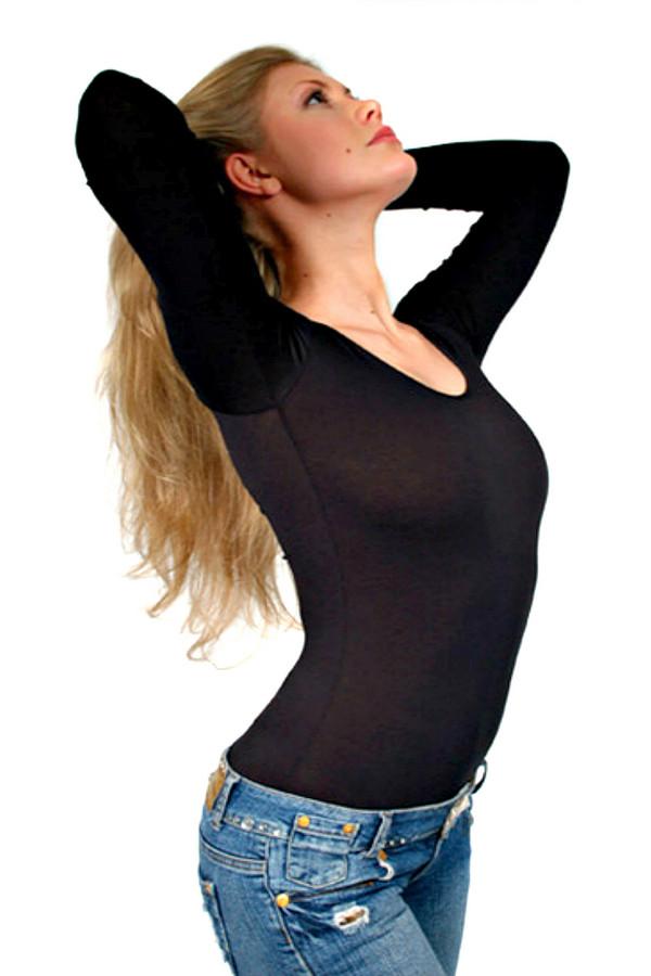 Боди LowryБоди<br>Практичный и эффектный боди Lowry коричневого цвета подойдет в качестве верхней одежды для повседневной носки и для работы. Приталенная посадка подчеркивает фигуру, а округлый вырез концентрирует внимание на изящной шее. В состав изделия входят хлопок и лайкра. Наиболее комфортно в нем будет в осенний или весенний сезон.<br><br>Размер RU: 48-50<br>Пол: Женский<br>Возраст: Взрослый<br>Материал: хлопок 95%, лайкра 5%<br>Цвет: Коричневый