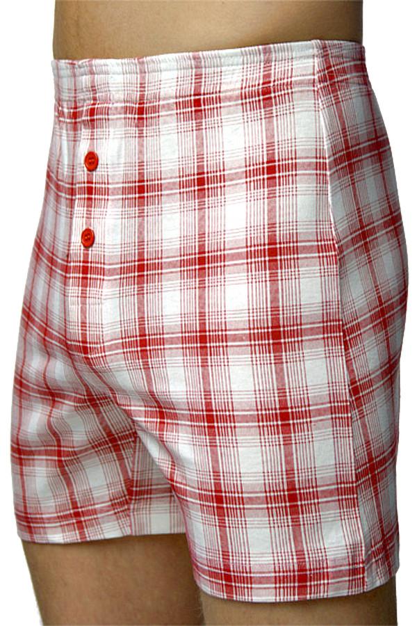 Трусы LowryТрусы<br>Комфортные мужские трусы Lowry белого цвета в красную клетку. Это просторные семейки, в которых всегда удобно, и нет никакого дискомфорта от сдавливания. Украшают модель две красные пуговицы спереди. Изделие состоит из чистого хлопка. Носиться может круглогодично, подходит под любую верхнюю одежду.<br><br>Размер RU: 56-58<br>Пол: Мужской<br>Возраст: Взрослый<br>Материал: хлопок 100%<br>Цвет: Бордовый