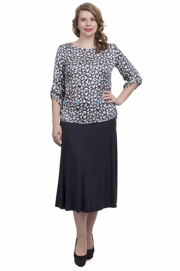 Юбка LebekЮбки<br>Безумно милая юбка Lebek синего цвета - это именно то, что необходимо для создания образа деловой женщины или скромной барышни. Юбка-полусолнце с широким поясом достигает середины голени. Может комбинироваться со всевозможными блузами и жакетами. В состав изделия входят эластан и вискоза. Наиболее комфортно в ней будет летом.<br><br>Размер RU: 44<br>Пол: Женский<br>Возраст: Взрослый<br>Материал: эластан 4%, вискоза 96%<br>Цвет: Синий