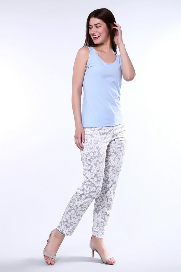 Брюки CambioБрюки<br>Элегантные женские брюки Cambio объединяют белый, серый и голубой цвета. На сером фоне белые ромашки разных размеров с голубой серединкой выглядят очень женственно и мило. Длина брюк - до щиколотки. Спереди и сзади есть по паре карманов. В состав изделия входят эластан и хлопок. Летом в них будет особенно комфортно.<br><br>Размер RU: 50<br>Пол: Женский<br>Возраст: Взрослый<br>Материал: хлопок 98%, эластан 2%<br>Цвет: Разноцветный