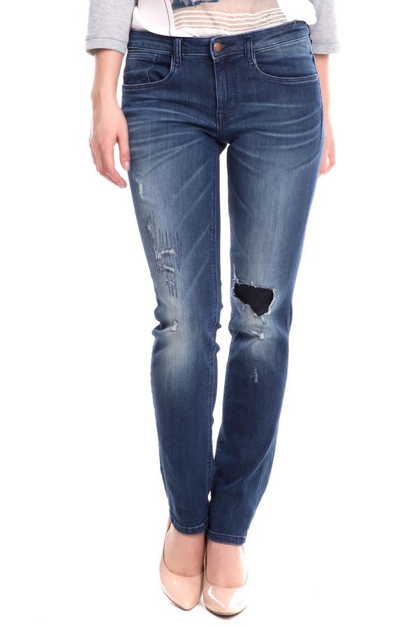 Классические джинсы Tom TailorКлассические джинсы<br><br><br>Размер RU: 42-44(L32)<br>Пол: Женский<br>Возраст: Взрослый<br>Материал: хлопок 98%, эластан 2%<br>Цвет: Синий