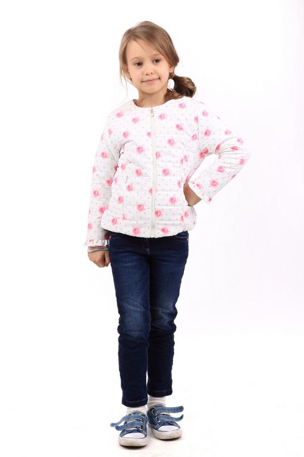 Куртка SarabandaКуртки<br>Детская куртка для девочек от Sarabanda - воплощение нежности. Куртка сделана в белом цвете с розовыми вставками в виде точек и роз. Изделие средней длины, рукава длинные. Куртка слегка заужена в области талии. Застегивается спереди на молнию. Спереди также есть два кармана, которые застегиваются на молнию. Есть подкладка. Куртка идеальна для прохладной погоды осенью и весной. Состав изделия - 100% полиэстер. Состав подкладки - 100% полиамид.<br><br>Размер RU: 28;110<br>Пол: Женский<br>Возраст: Детский<br>Материал: полиэстер 100%, Состав_подкладка полиамид 100%<br>Цвет: Розовый