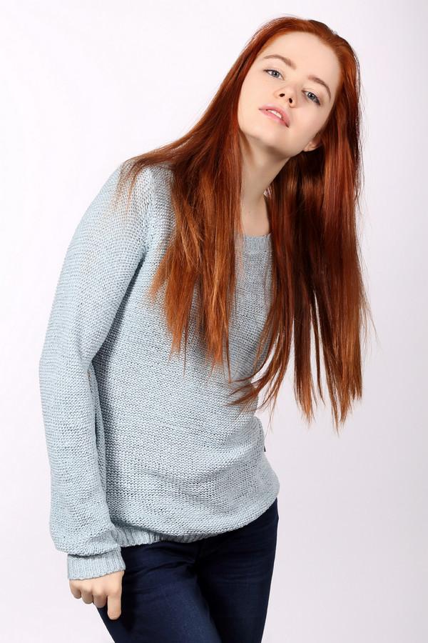 Пуловер s.Oliver DENIMПуловеры<br>Что может быть лучше уютного свитера холодной зимой? Уютный и мягкий пуловер от s.Oliver DENIM. Пуловер нежного голубого цвета, средней длины, рукава длинные. Есть небольшой круглый вырез. Сам пуловер сделан с помощью мелкой механической вязки. Силуэт изделия свободный, слегка заужен в области талии. Сзади есть небольшой разрез. Такой пуловер можно носить как самостоятельно ранней весной или осенью, так и зимой - он будет отлично согревать. Состав изделия - 65% полиакрил, 35% полиамид.<br><br>Размер RU: 42-44<br>Пол: Женский<br>Возраст: Взрослый<br>Материал: полиамид 35%, полиакрил 65%<br>Цвет: Голубой