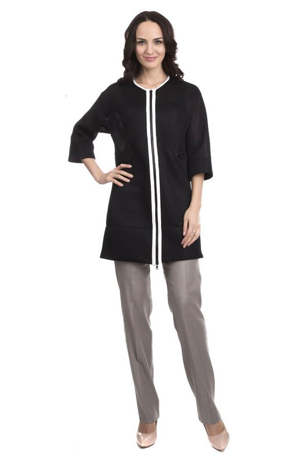 Плащ Sai-KuПлащи<br>Плащ Sai-Ku чёрный женский. Элегантный укороченный плащ для модных женщин. Лёгкий и изящный, он просто незаменим для прохладных летних вечеров или теплых весенних дней. Прямой крой, рукав три четверти, необычная текстура ткани, оригинальная отделка горловины и молнии делают эту модель очень эффектной и стильной. Состав: 100%-ный полиэстер.<br><br>Размер RU: 46<br>Пол: Женский<br>Возраст: Взрослый<br>Материал: полиэстер 100%<br>Цвет: Белый