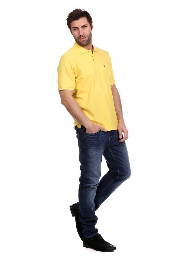 Модные джинсы s.OliverМодные джинсы<br>Модные джинсы s.Oliver темно-синие. Актуальные брюки без лишних деталей прямого кроя выделят достоинства мужской фигуры и подчеркнут ваш вкус и чувство стиля. Кроме того, темные джинсы – это всегда практично. Состав: эластан и хлопок. Носить данные джинсы вы сможете с поясом или же без него, сочетая их с самыми разными сорочками, футболками, пуловерами и т.п.<br><br>Размер RU: 48-50(L34)<br>Пол: Мужской<br>Возраст: Взрослый<br>Материал: хлопок 98%, эластан 2%<br>Цвет: Синий
