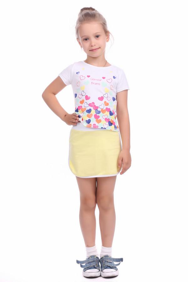 Комплект BrumsКомплекты<br>Комплект Brums бело-желтый. Разноцветный костюм для вашей малышки – это очень верный выбор, ведь яркие цвета должны радовать нас самого детства. Симпатичная мини-юбка с более светлым поясом и отделкой по краю изделия, а также футболка с ярким оптимистичным цветочным принтом спереди (сердечки плюс надпись) – составляющие успеха данной модели. Летняя вещь, предназначенная для каждодневной носки.<br><br>Размер RU: 30;116<br>Пол: Женский<br>Возраст: Детский<br>Материал: см. на вшивном ярлыке 0%<br>Цвет: Разноцветный