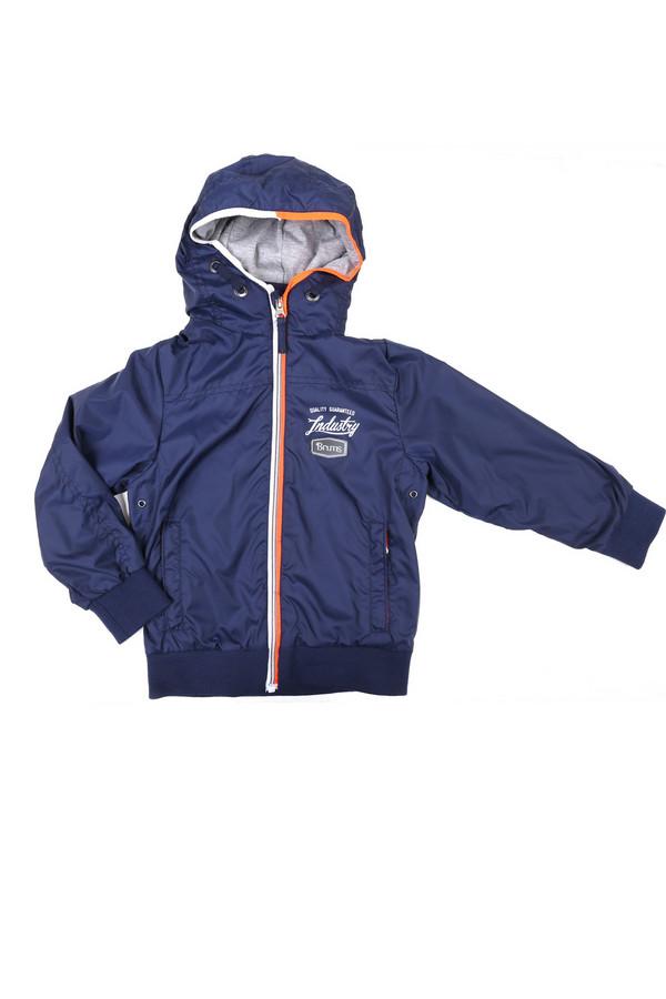 Куртка BrumsКуртки<br>Куртка Brums темно-синяя для мальчика. Модная и удобная модель для сорванца. Молния с яркой отделкой и удобный капюшон – эти детали нашей модели отлично ее дополняют и делают комфортной в носке и очень симпатичной на вид. Демисезонная вещь для мальчика. Хороший выбор для прохладной, а порой еще и дождливой погоды.<br><br>Размер RU: 28;110<br>Пол: Мужской<br>Возраст: Детский<br>Материал: см. на вшивном ярлыке 0%<br>Цвет: Синий