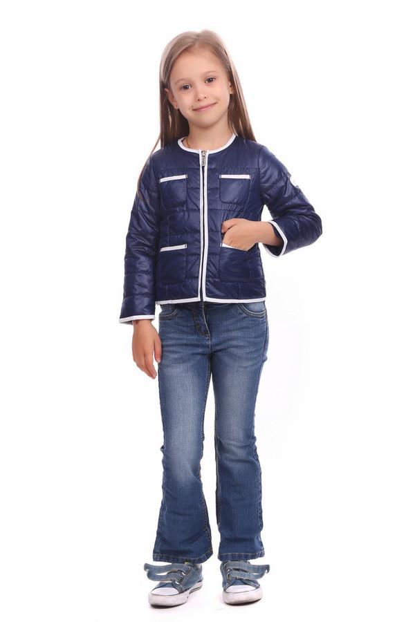 Куртка BrumsКуртки<br>Куртка Brums для девочки. Стильная простеганная курточка с четырьмя накладными карманами – отличное решение для гардероба юной модницы. Края изделия и его карманы отделаны тканью контрастного светлого цвета, что делает эту модель просто восхитительной! Демисезонная курточка для тех, кто хочет выглядеть красиво и актуально при любой погоде.<br><br>Размер RU: 30;122<br>Пол: Женский<br>Возраст: Детский<br>Материал: см. на вшивном ярлыке 0%<br>Цвет: Синий