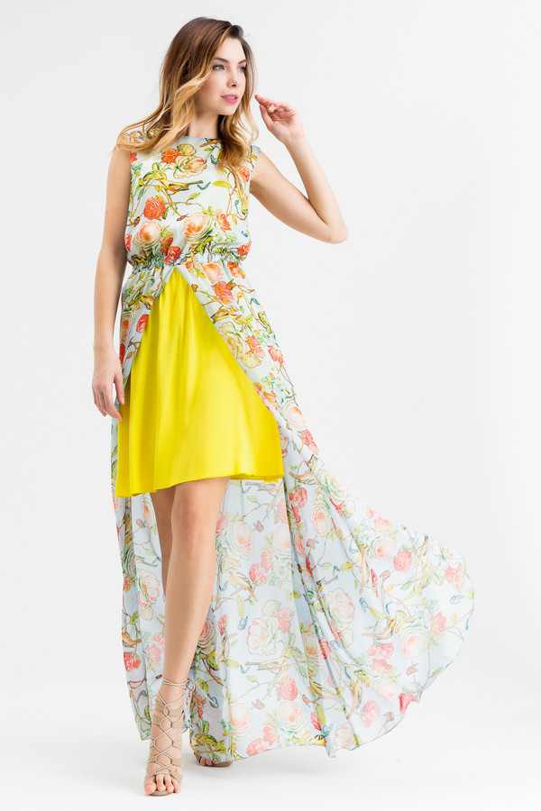 Платье XARIZMASПлатья<br><br><br>Размер RU: 46<br>Пол: Женский<br>Возраст: Взрослый<br>Материал: полиэстер 65%, вискоза 35%<br>Цвет: Разноцветный