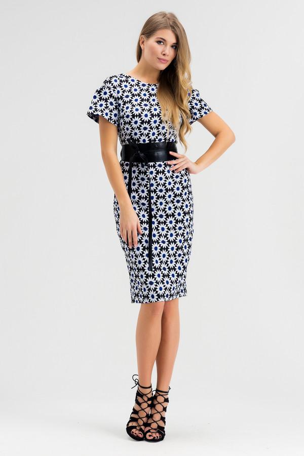 Платье XARIZMASПлатья<br><br><br>Размер RU: 50<br>Пол: Женский<br>Возраст: Взрослый<br>Материал: полиэстер 65%, вискоза 35%<br>Цвет: Белый