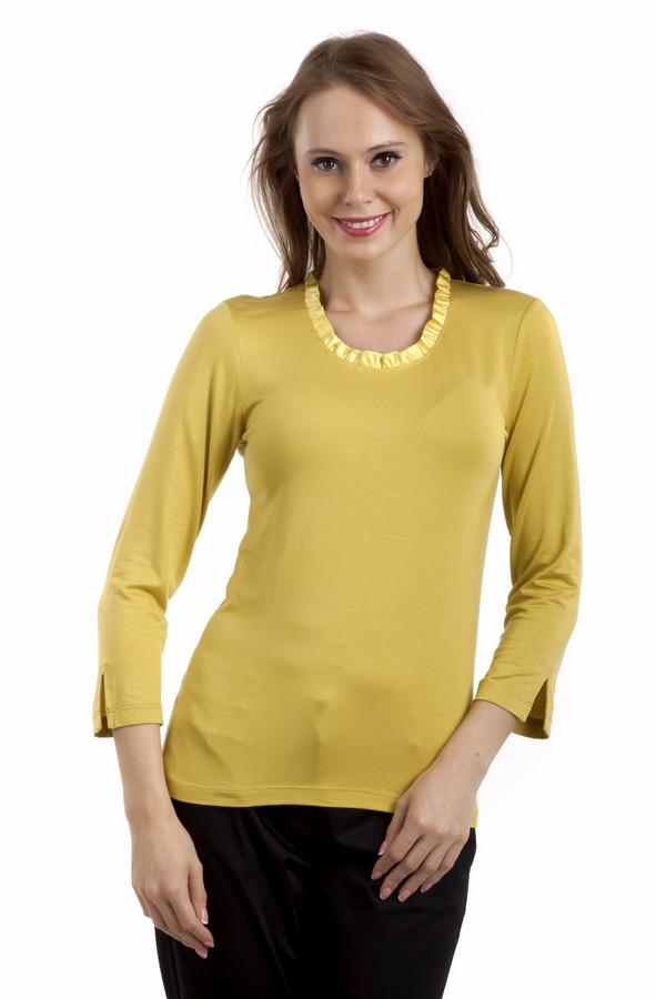 Блузa PezzoБлузы<br>Желтая однотонная блуза Pezzo прямого кроя. Изделие дополнено: круглым вырезом, укороченными рукавами и манжетами с разрезом. Ворот оформлен атласной лентой.<br><br>Размер RU: 48<br>Пол: Женский<br>Возраст: Взрослый<br>Материал: вискоза 95%, спандекс 5%<br>Цвет: Жёлтый