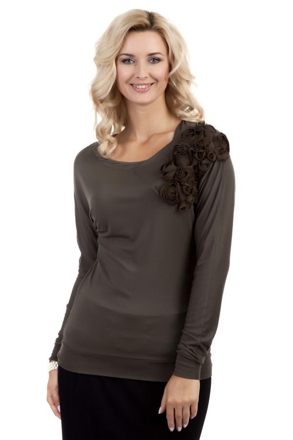 Блузa PezzoБлузы<br>Женственная блуза Pezzo представлена в двух цветах, темно-коричневом и светло-серым. Изделие дополнено: круглым вырезом и длинными рукавами. Блуза декорирована цветами из ткани.<br><br>Размер RU: 44<br>Пол: Женский<br>Возраст: Взрослый<br>Материал: вискоза 95%, спандекс 5%<br>Цвет: Коричневый