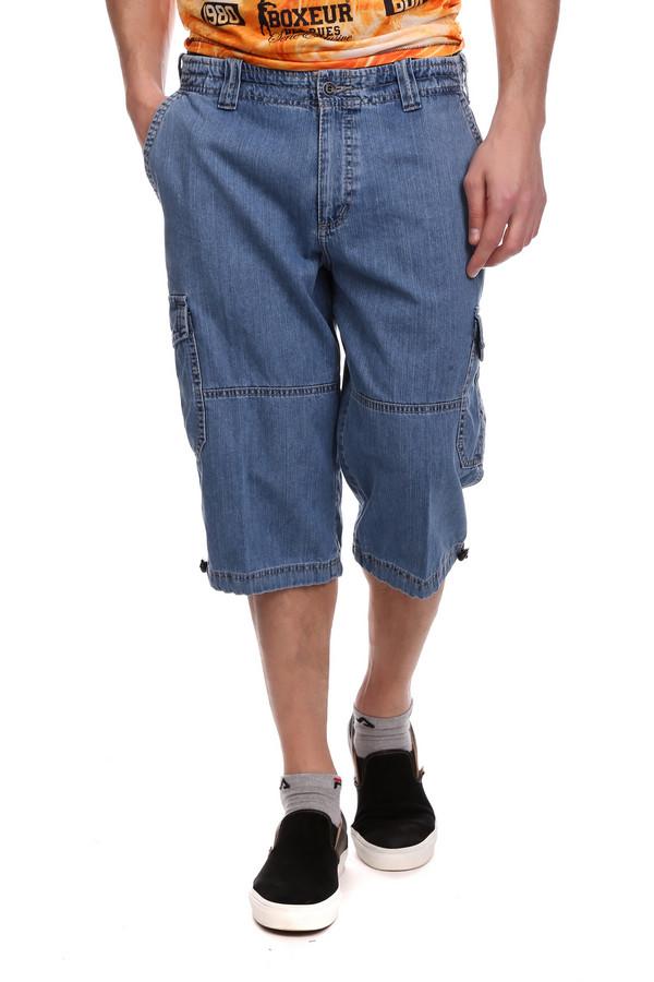 Шорты BugattiШорты<br>Мужские джинсовые шорты от Bugatti. Небанальная модель позволит выглядеть вам стильно, качественный и интересный пошив обеспечит удобство, натуральная ткань из 100%-го хлопка подарит комфорт, а синий цвет - практичность. Шорты удлиненного свободного кроя с карманами, внизу по бокам штанин и сзади изделия имеются модные и удобные большие карманы на пуговицах. Застежка молния, на широком поясе есть шлевки для ремня. Сам пояс для удобства ношения на двойной резинке, внизу штанин имеются фиксаторы.<br><br>Размер RU: 48<br>Пол: Мужской<br>Возраст: Взрослый<br>Материал: хлопок 100%<br>Цвет: Синий
