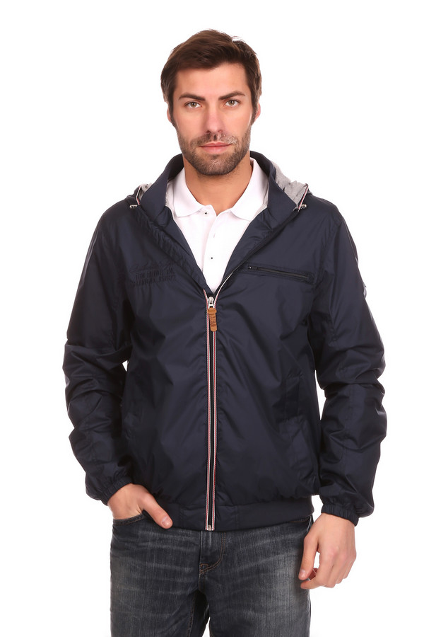 Куртка Tom TailorКуртки<br><br><br>Размер RU: 52-54<br>Пол: Мужской<br>Возраст: Взрослый<br>Материал: полиэстер 100%, Состав_подкладка полиэстер 100%<br>Цвет: Синий