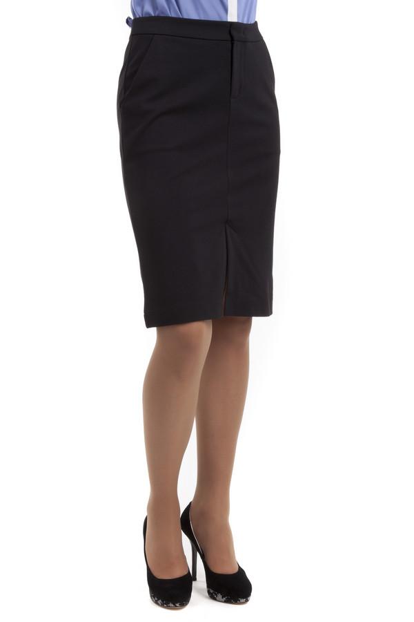 Юбка PezzoЮбки<br>Элегантная черная юбка Pezzo прямого кроя. Изделие дополнено: боковыми карманами и шлицей. Центральная часть застегивается на молнию и застежку крючок-петля.<br><br>Размер RU: 50<br>Пол: Женский<br>Возраст: Взрослый<br>Материал: вискоза 68%, нейлон 26%, спандекс 6%<br>Цвет: Чёрный