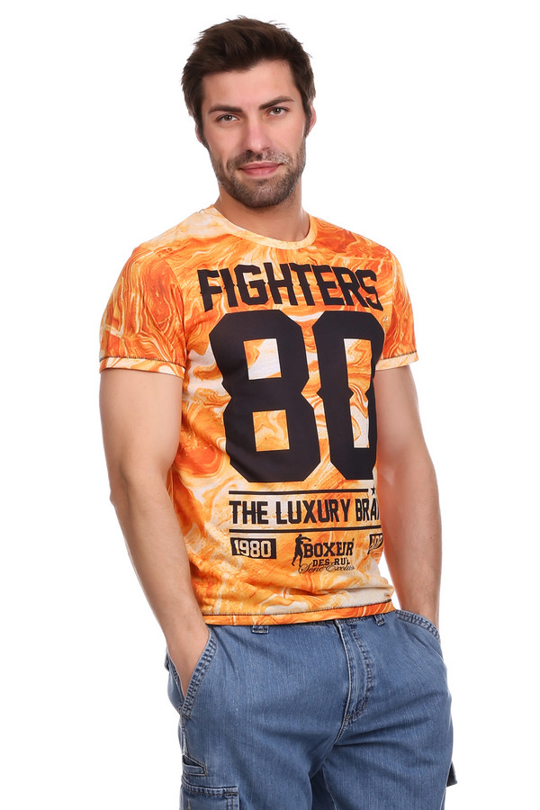 Футболкa Boxeur Des RuesФутболки<br><br><br>Размер RU: 56<br>Пол: Мужской<br>Возраст: Взрослый<br>Материал: полиэстер 100%<br>Цвет: Чёрный