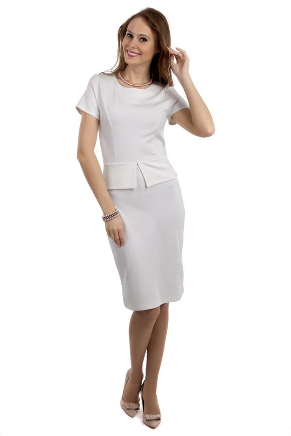 Вечернее платье PezzoВечерние платья<br>Невероятно женственное платье Pezzo представлено в двух цветах, темно-сером и белом. Изделие дополнено: круглым вырезом и короткими рукавами. На талии расположена баска. На спинке расположена скрытая молния. Длина платья-миди.<br><br>Размер RU: 40<br>Пол: Женский<br>Возраст: Взрослый<br>Материал: вискоза 68%, нейлон 26%, спандекс 6%<br>Цвет: Белый