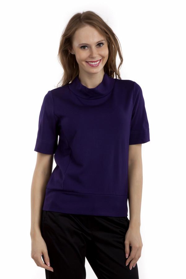 Футболка PezzoФутболки<br>Однотонная футболка Pezzo прямого кроя выполнена в двух цветах, зеленом и темно-фиолетовом. Изделие дополнено: воротником-стойка и короткими рукавами.<br><br>Размер RU: 48<br>Пол: Женский<br>Возраст: Взрослый<br>Материал: вискоза 68%, нейлон 26%, спандекс 6%<br>Цвет: Фиолетовый
